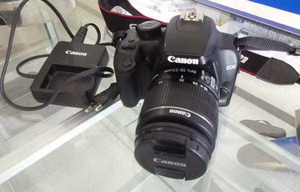 Canon 1000D Lensa 18-55mm Bonus 8GB Memory (LAKU)