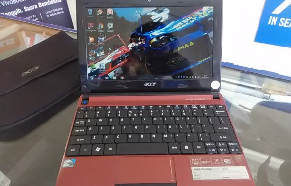 Netbook Acer Aspire One D257 Ram 2GB HDD 320GB Batrei Awet (LAKU)