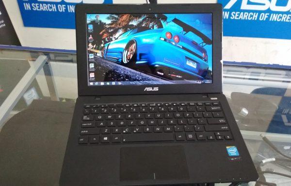 Netbook Asus X200CA 11.6in intel Celeron HDD500GB (LAKU)