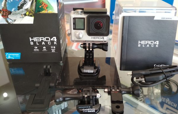 Gopro Hero 4 Black Edition 4K 30FPS Full HD 120FPS Fullset memory 32GB (LAKU)