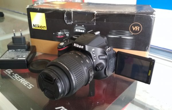 Kamera DSLR Nikon D5100 Lensa 18-55mm VR Mulus Fullset Memory 8GB (LAKU)