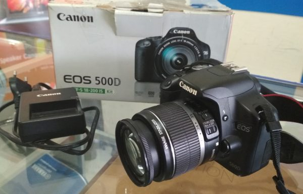 Canon 500D lensa 18-55mm IS Fullset (LAKU)
