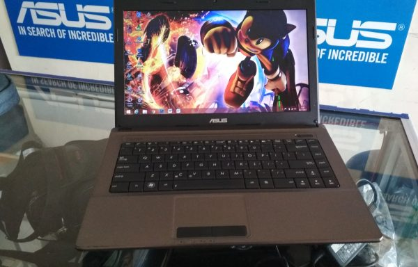 Laptop Asus K84L intel Celeron B830 Ram 2GB HDD 500GB (LAKU)