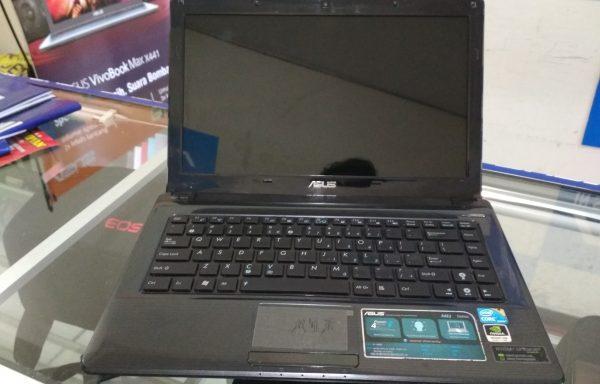 Laptop Asus A42J Core i3 VGA Nvidia 310 HDD 500GB Mulus (LAKU)