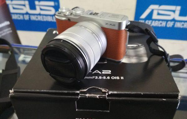 Kamera Mirrorless Fujifilm X-A2 Lensa 16-50mm Wifi Fulset Istimewa (LAKU)